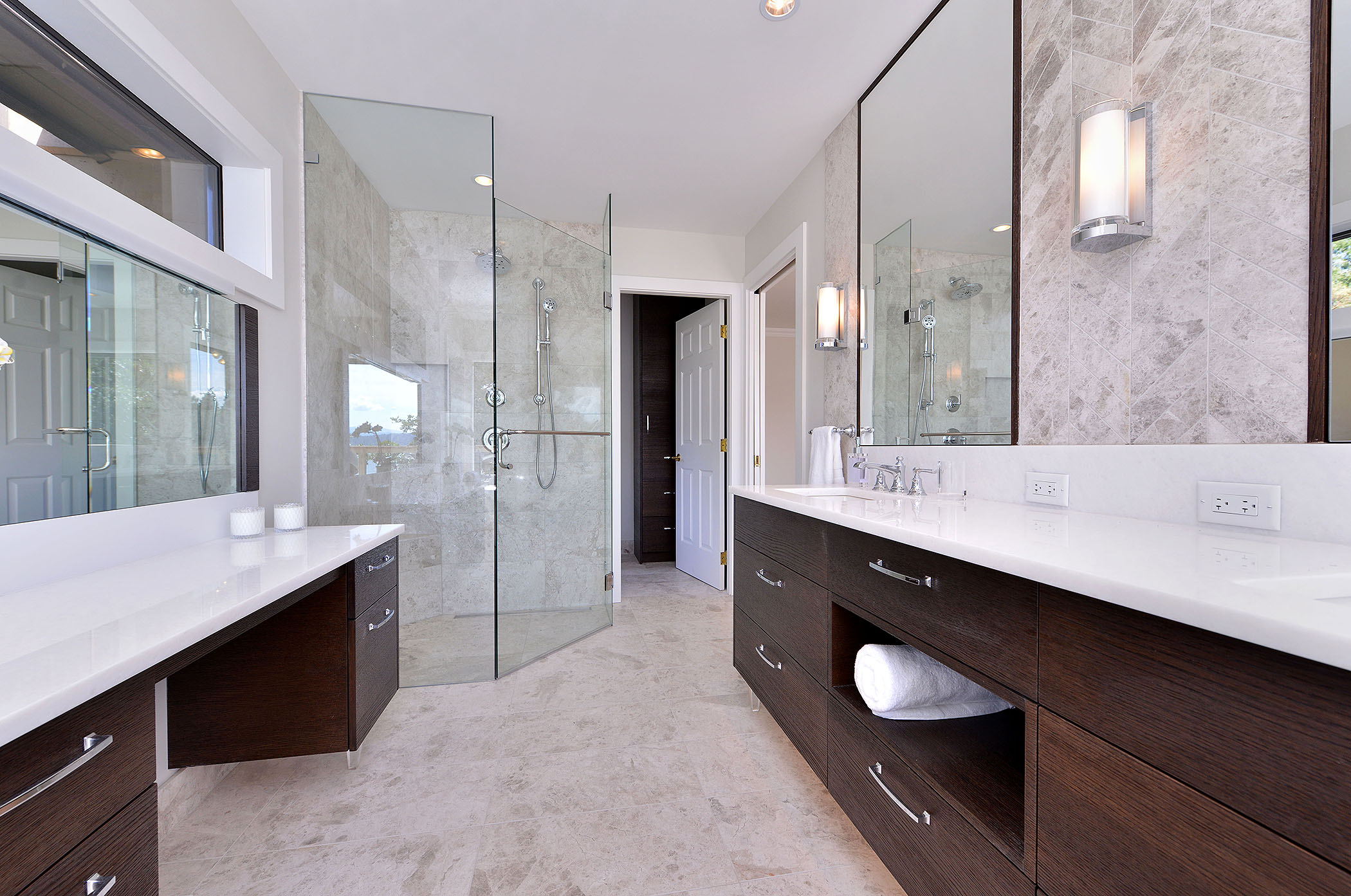 2504 central ave victoria bc house for sale royal lepage for Bathroom ideas victoria bc