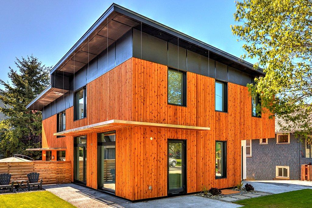 Construction portfolio interactive construction ltd for Eco homes canada